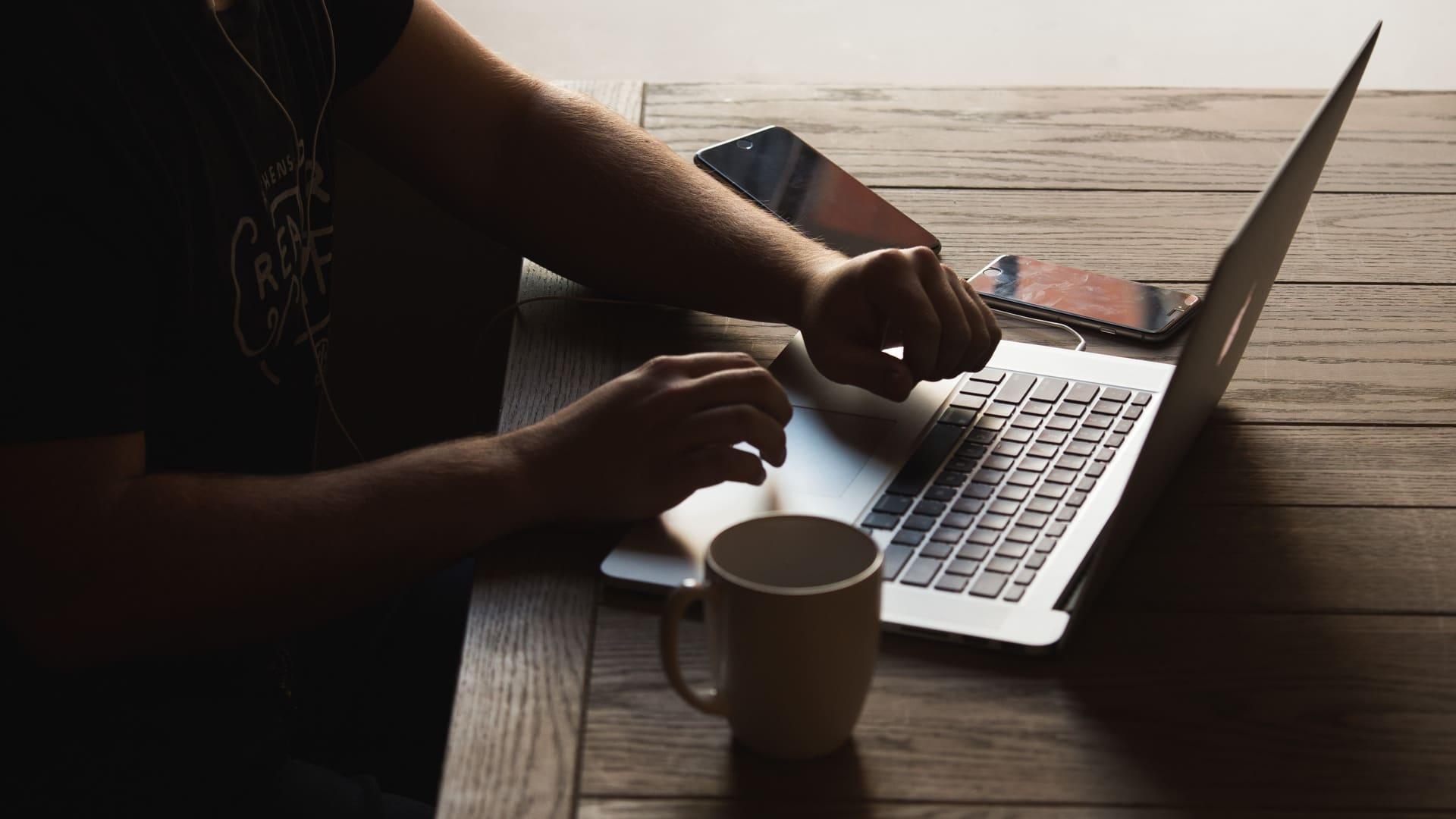 Best-Script-Writing-Software-Header-StudioBinder