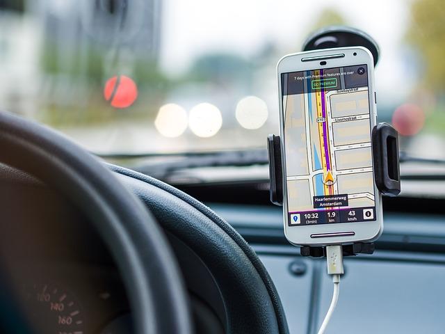 mobil a navigace
